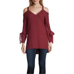 NWT a.n.a V-Neck Long Sleeve Pullover Sweater